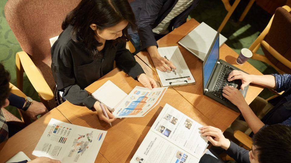 みんなで考える、これからの就活 in大阪 supported by OfferBox<br />〜学生・企業・大学との対話から、関西で働く未来を考える〜