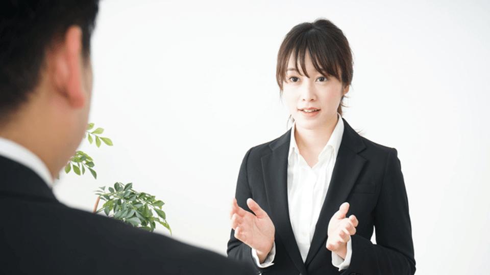 【逆質問例文集】面接官ごとのポイントやNG質問も紹介
