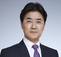 田久保善彦氏